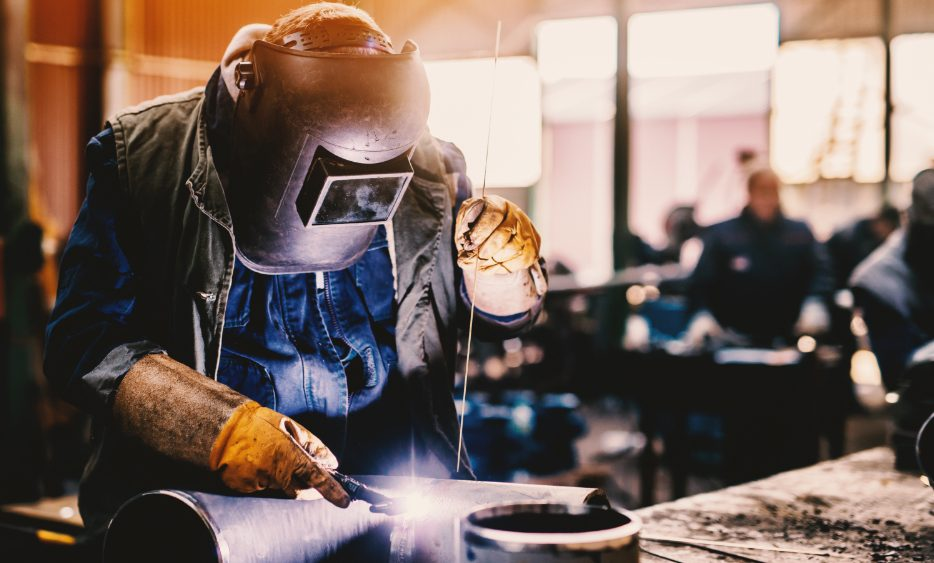 Immigrate-to-Canada-as-a-Welder