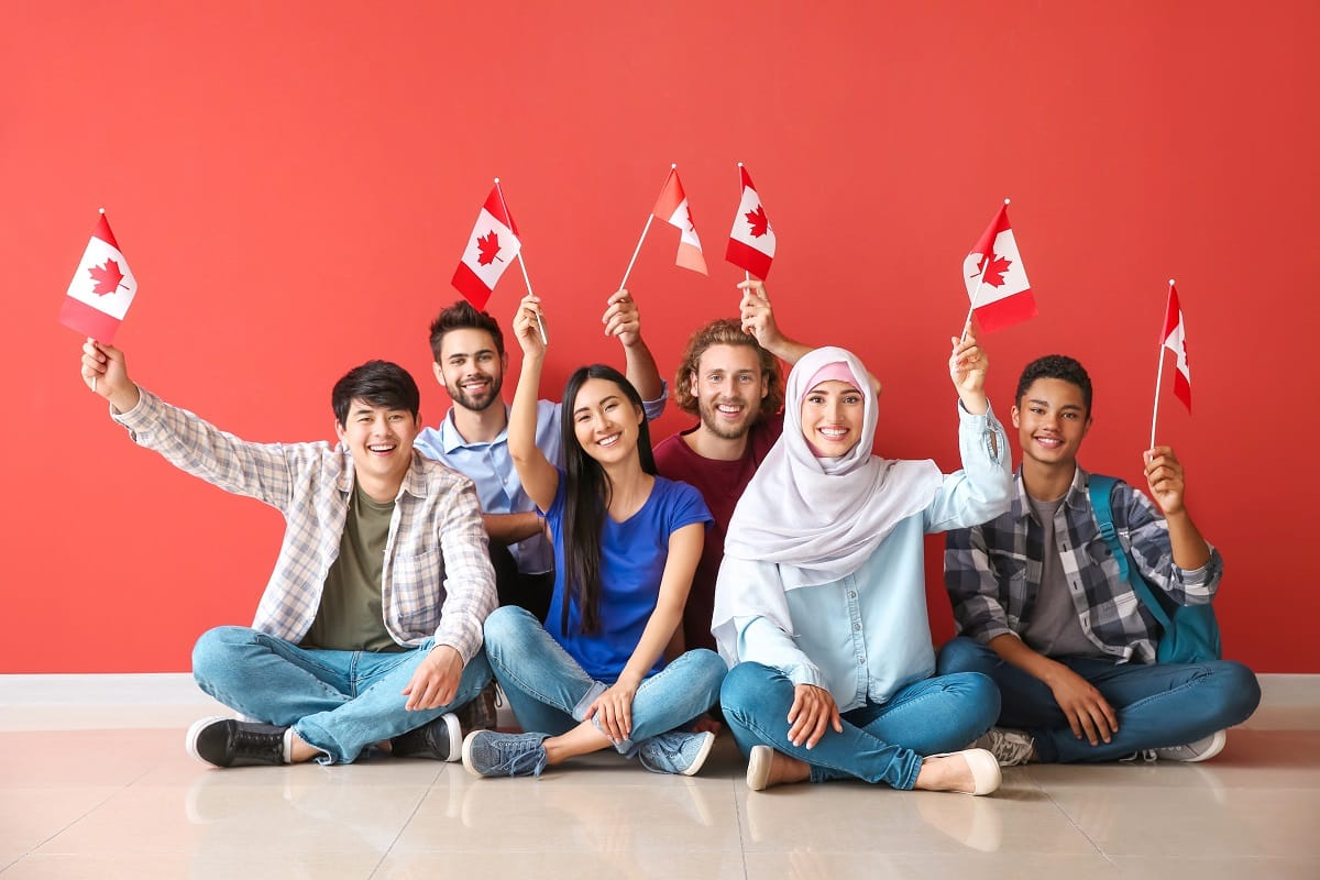 Happy-Immigrants-in-Canada-Permanent-Residency
