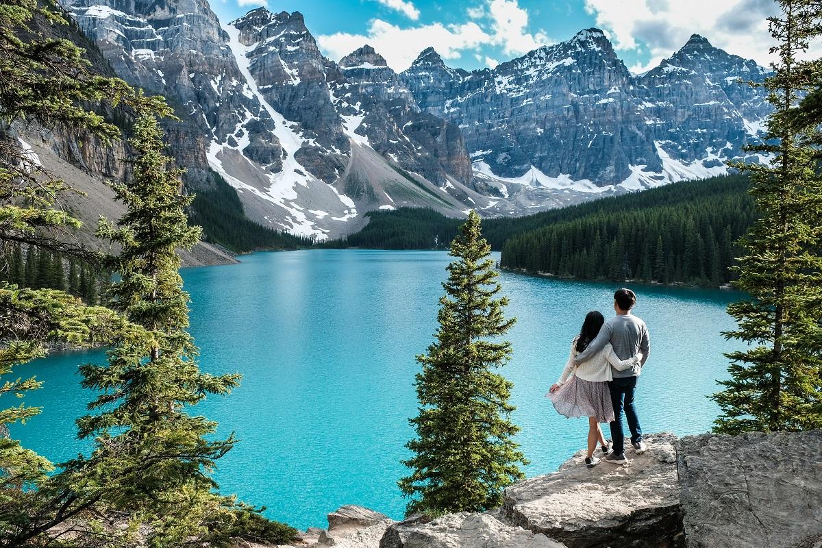 Lake-Louis-Happy-Couple-Canadian-Outland-Spousal-Sponsorship