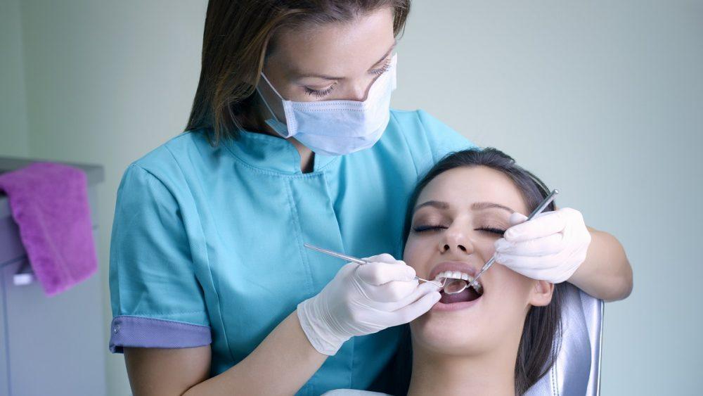 Study-in-Canada-Dental-Hygienist