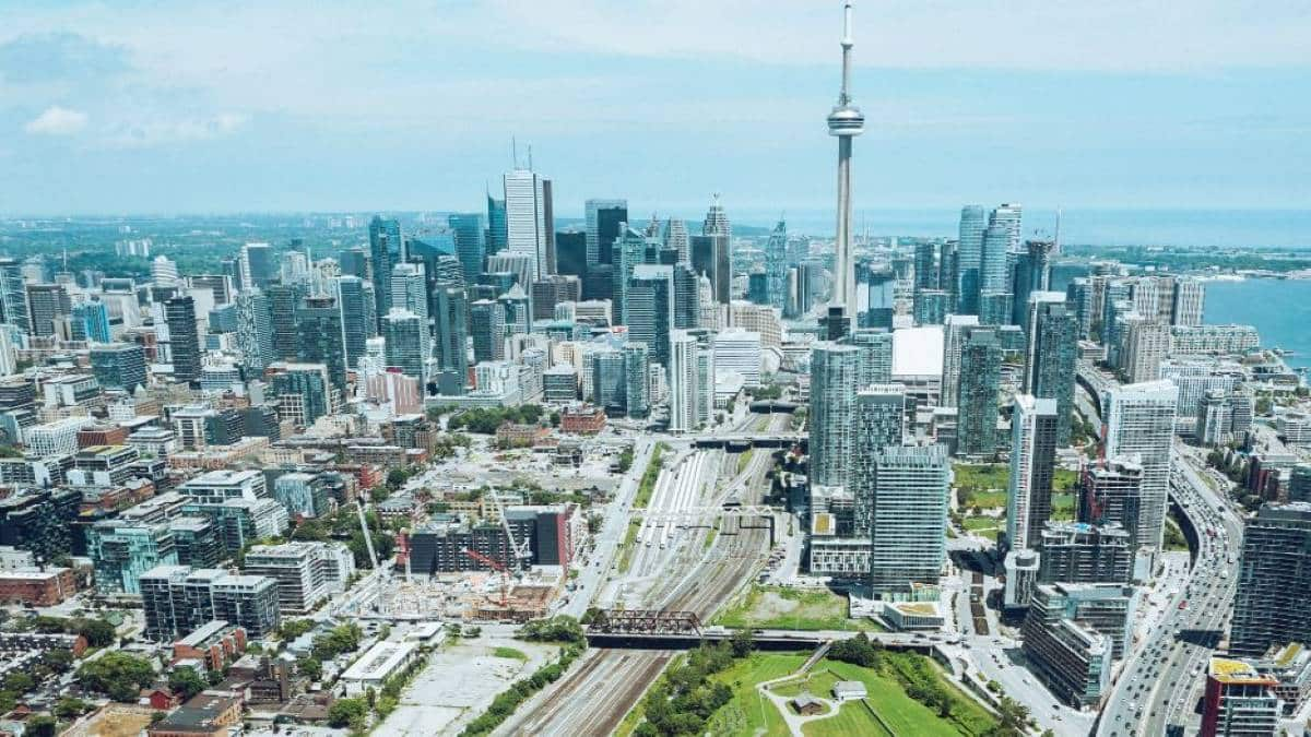 City view of Toronto, Ontario