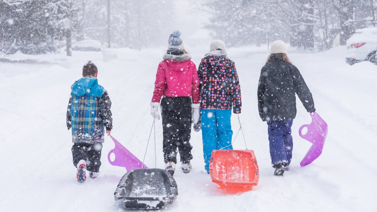 Children-Playing-in-Snow-in-Canada-Rural-Northern-Immigration-Pilot
