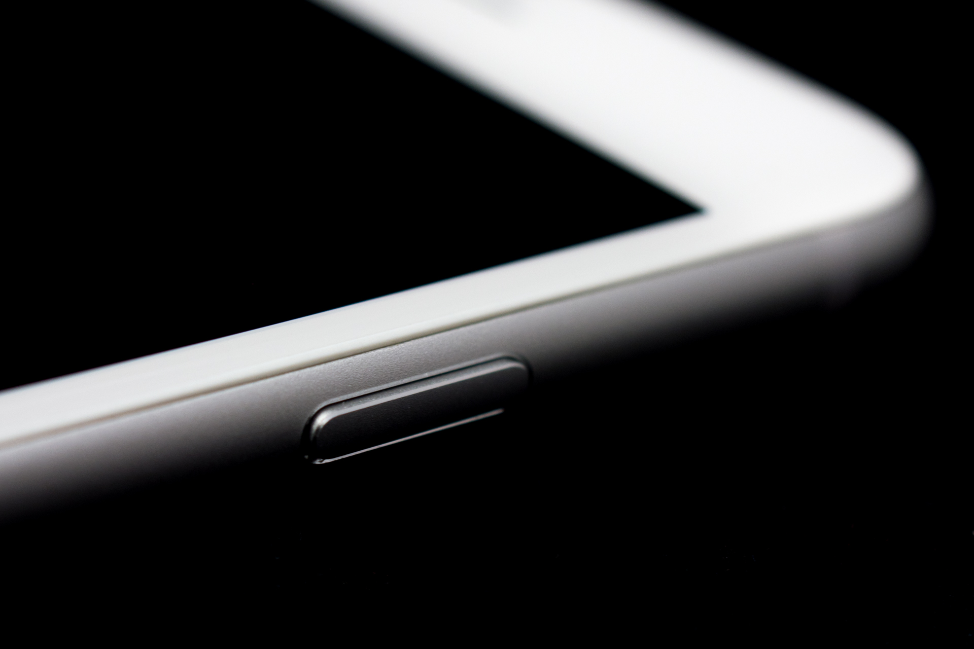 Cellebrite can now unlock iPhone 6 and 6+ and extract data from