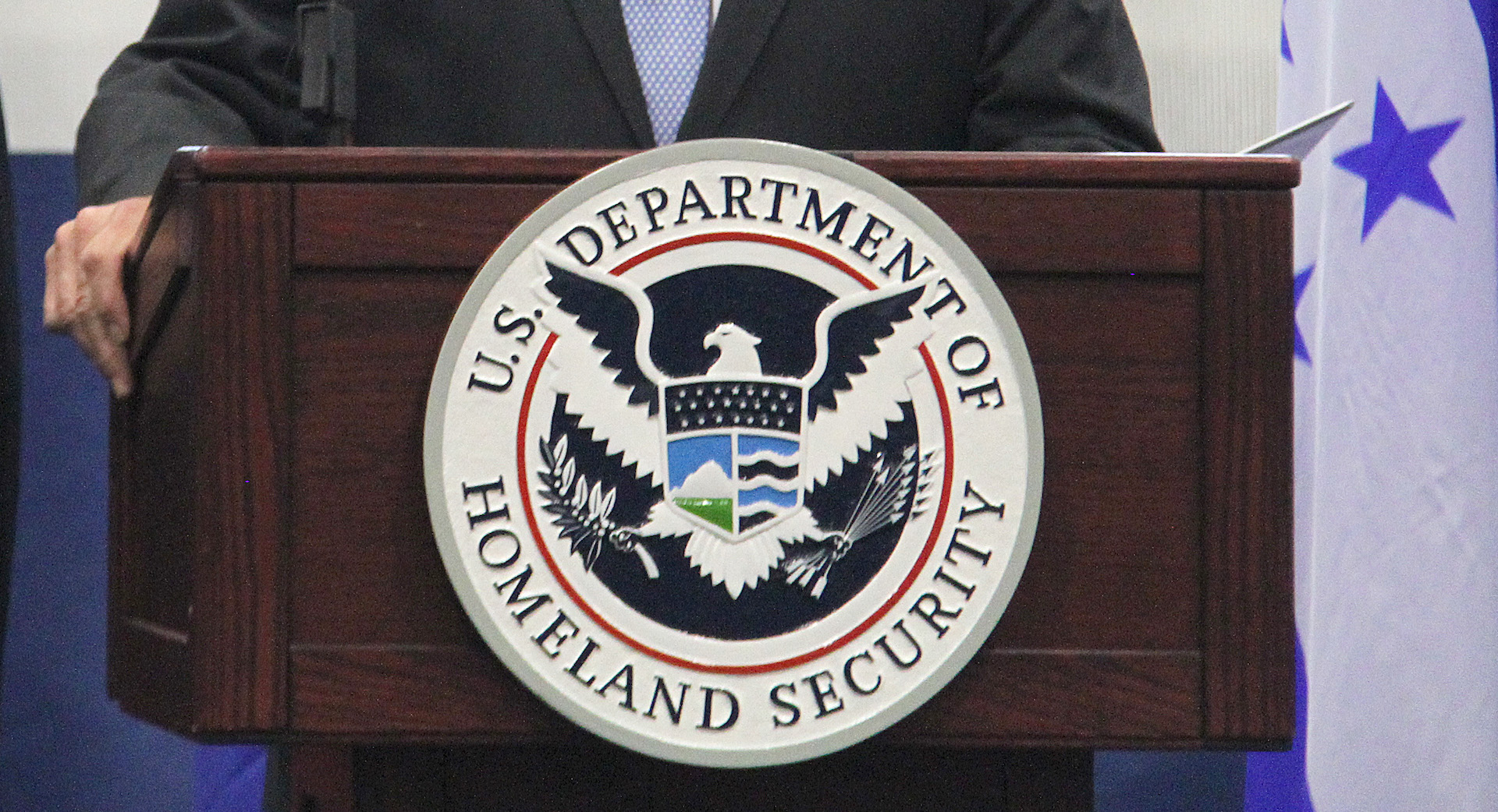 Ex-DHS officials urge department to double down on its cybersecurity work