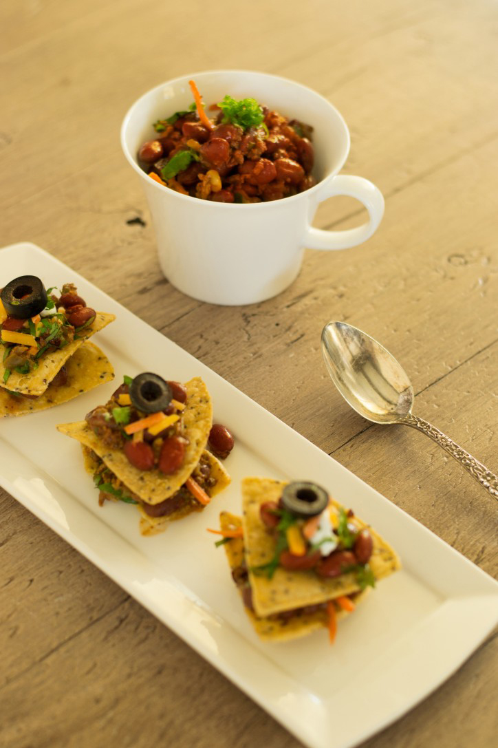 Veggie-Chili-and-Skinny-Nachos-724x1087