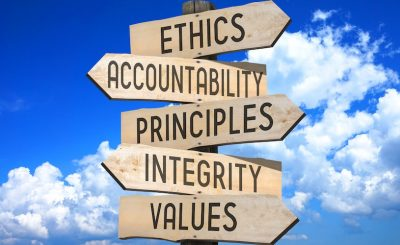 Ethics Club speaker focuses on values, grace, and grit