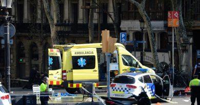מתקפת טרור בברצלונה. לפחות 13 הרוגים ו-100 פצועים במספר פיגועי טרור. אחד המחבלים: היהודים רוצים להשתלט על העולם