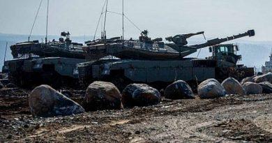 """צה""""ל פרס לאורך גבול רמת הגולן סוריה יחידות שריון, טילים וארטילריה. מעביר כוחות לרמת הגולן"""