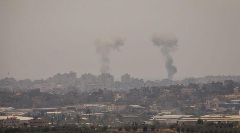 """צה""""ל מנסה לשבור את נוסחת החמאס 'הפצצה תחת הפצצה' בתקיפות אוויריות. 45 תקיפות נענו ב-80 טילים. בדרך להתרחבות המלחמה"""