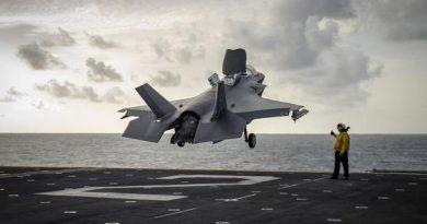 """ארה""""ב מציבה לראשונה את ה-F-35 מול זירות המפרץ והים האדום. כוחות מרינס מתרגלים  פריצת מצרי הורמוז ובאב אל מאנדב"""