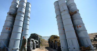 """רוסיה הציבה גדוד של טילי S-300 באזור דיר א-זור במזרח סוריה. פורסת מטריית נ""""מ מעל הכוחות האיראנים וחיזבאללה שעל גבול עיראק-סוריה"""