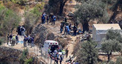 חזרנו לאינתיפאדה השנייה? הפלסטינים הפעילו מטען חבלה בשלט רחוק בפיגוע בדרך למעיין דני בבנימין. אין קצה חוט מי עומד מאחורי הפיגועים