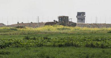 עשרות טילים על הדרום. ישראל: נגיב על כל פעולה נגדנו. הג'יאהד: נגיב על כל פעולה נגדנו. חיל האוויר תקף מטרות של הג'יהאד מדרום לדמשק.