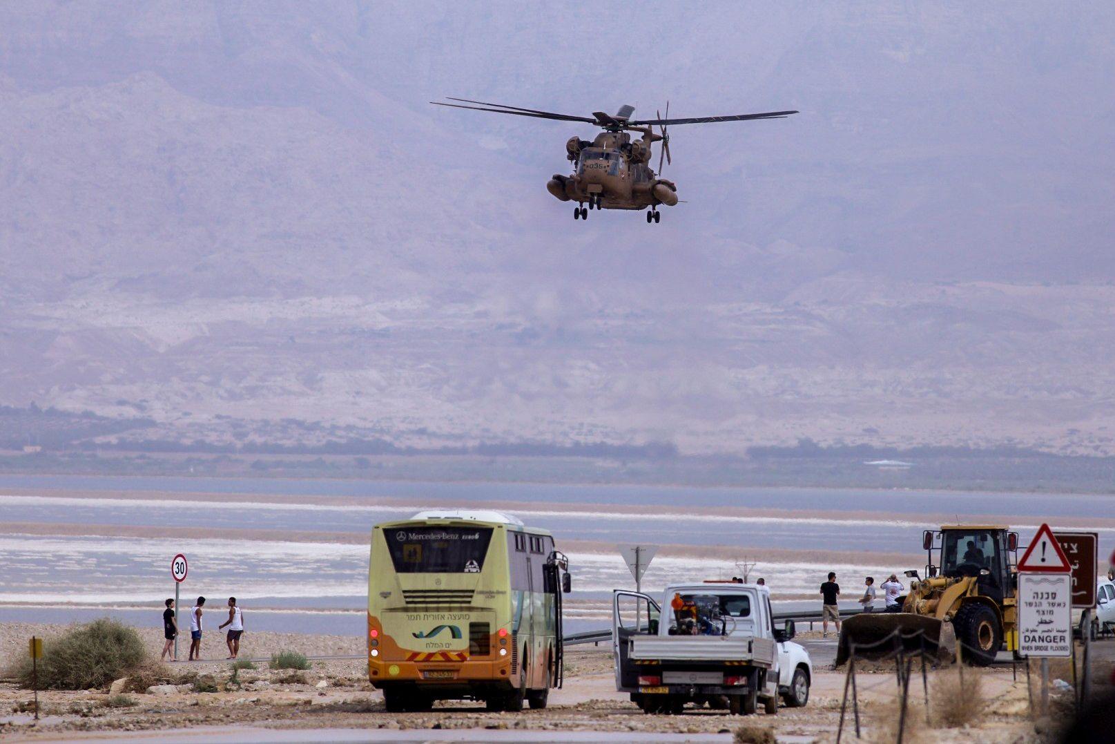 Ten students have died in S. Israel desert flood disaster