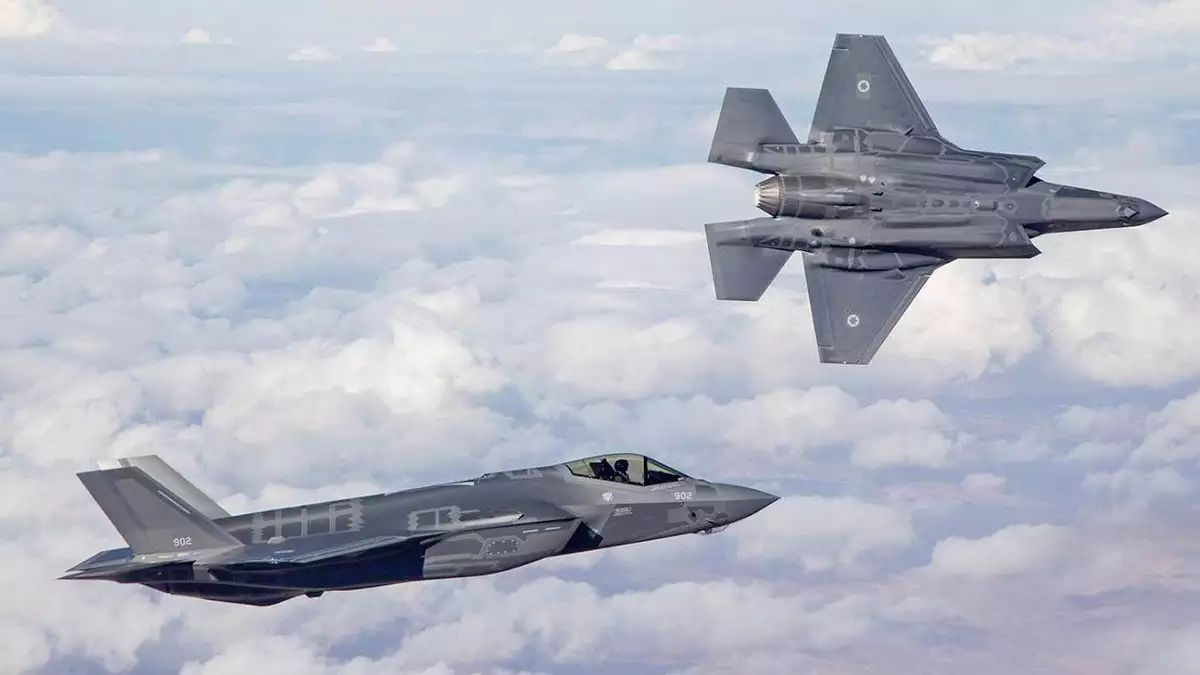 US to give Israel more F-35s to face S-300s, deploy a squadron in Emirates