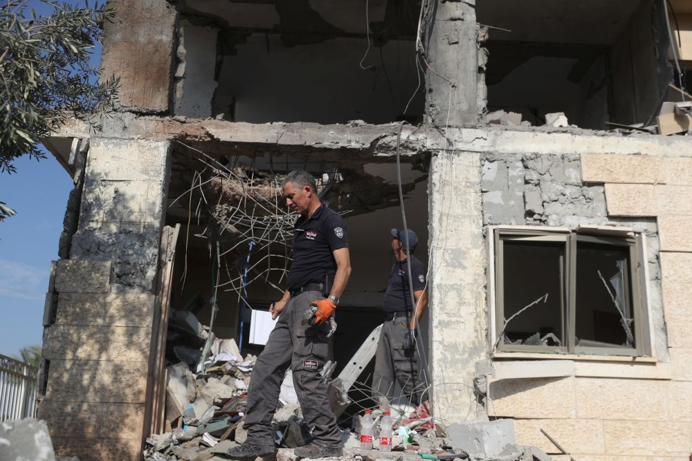 A Grad missile explodes in Beersheba out of 2 aimed from Gaza at Israeli cities