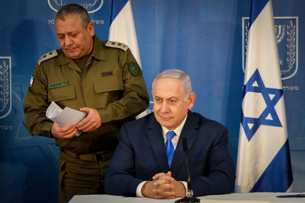 The Netanyahu-Eisenkot no-war tactics may be the PM's winning card – even against probes