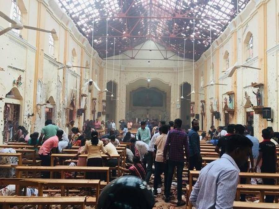 Chaos in Sri Slanka as death toll from Easter massacre rises again to 210