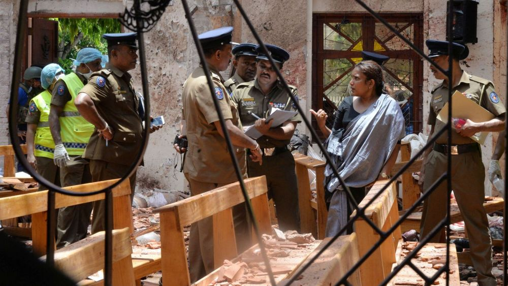 Sri Lanka authorities at sea as Easter terror toll climbs past 290 amid fears of more attacks