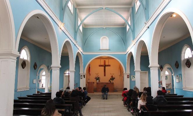 Sewell-denomades-iglesia-interior