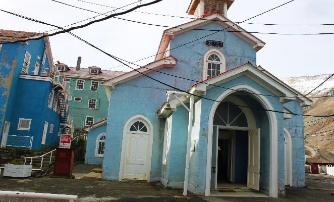 Sewell-denomades-iglesia-exterior