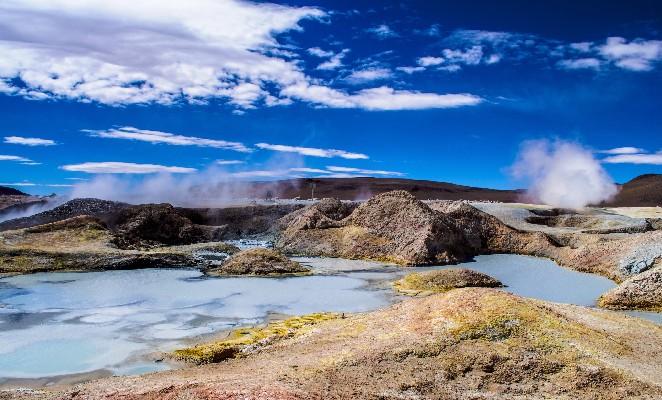 ruta-salar-uyuni-denomades-geyseres-sol-mañana