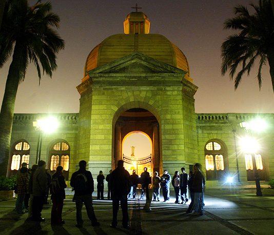 cementerio-general-noche-Santiago
