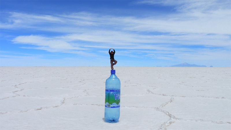 Efecto perspectiva con botella en Salar