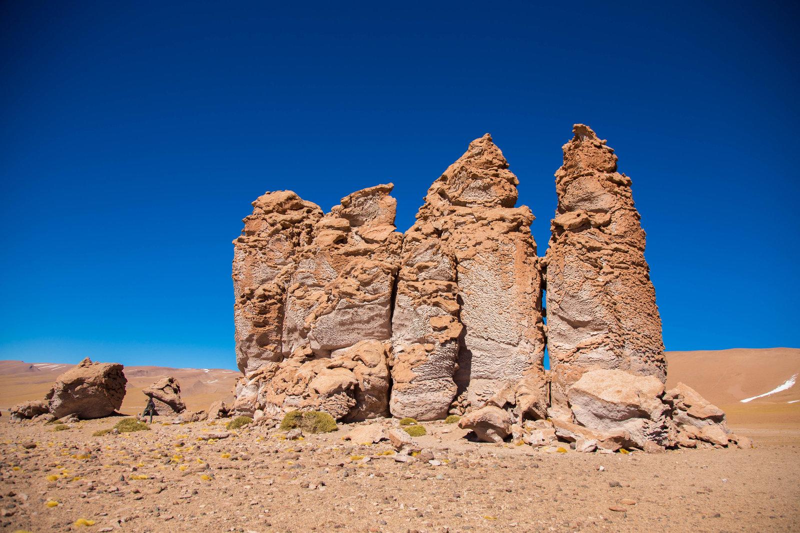 Formaciones rocosas en Salar de Tara