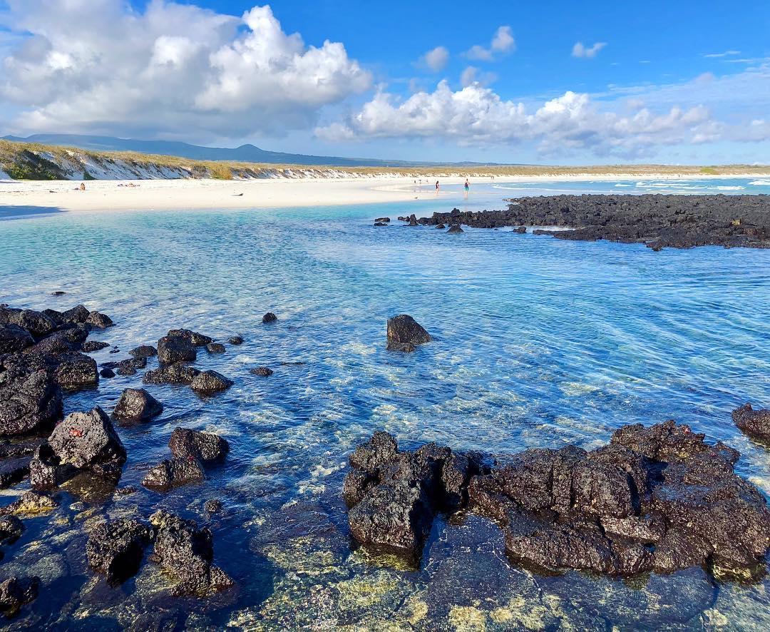playas de color turquesa y rocas