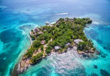 Isla en Cartagena capturada desde el aire