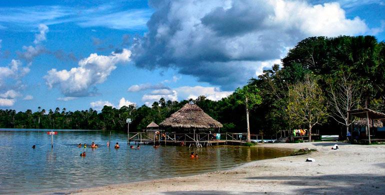 Complejo turistico en la selva de iquitos