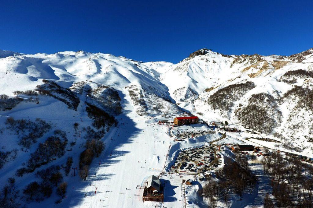 Centro de ski en las montañas