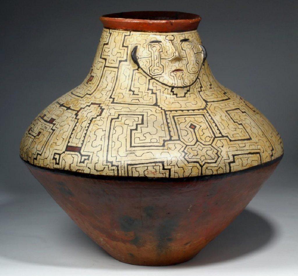Ejemplo de un trabajo en cerámica Shipibo
