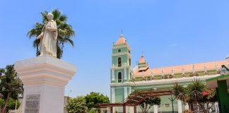 Plaza de catacaos, ciudad en el norte del Perú