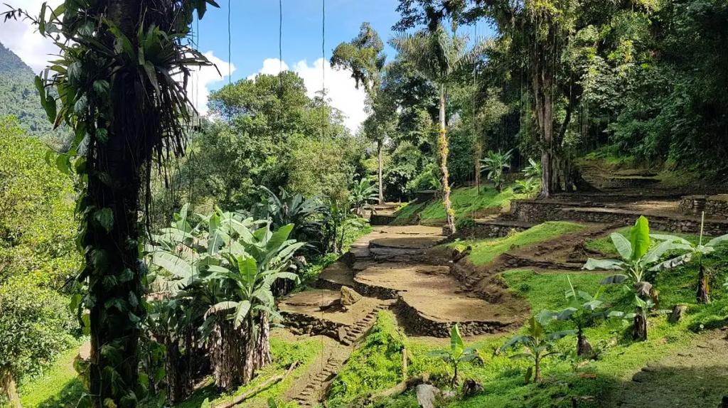 Ruinas arqueológicas en una ciudad perdida de colombia