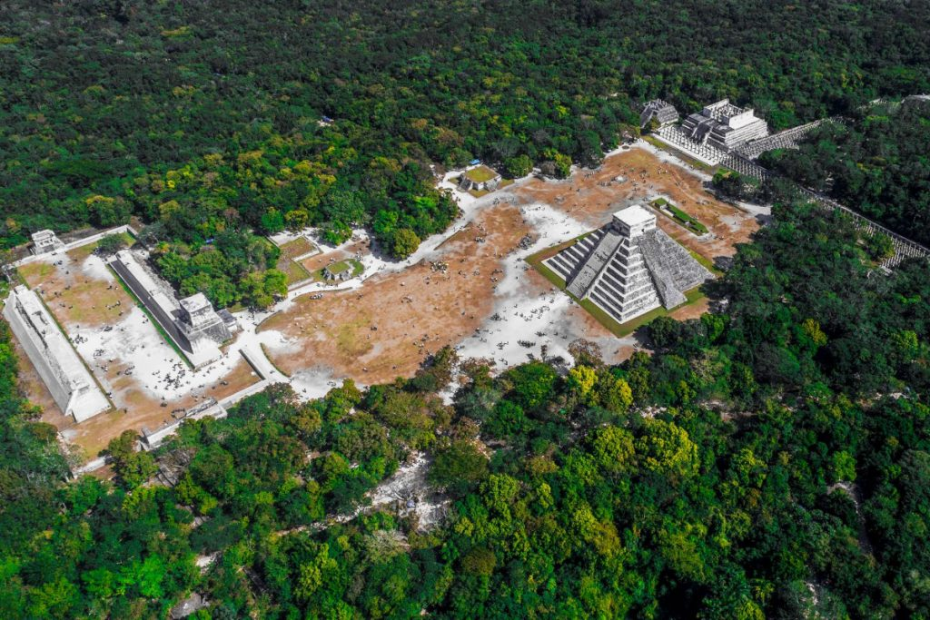 Fotografía aérea de Chichen Itzá