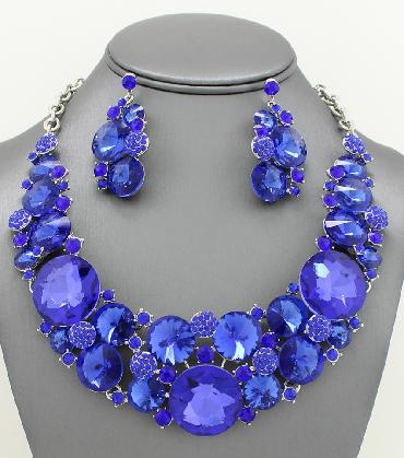 Blue Statement Necklace Set image 1
