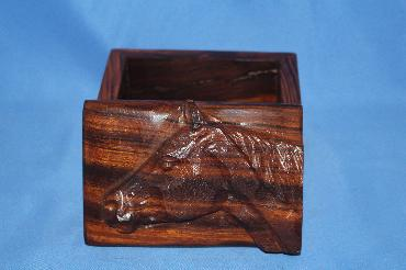 Ironwood box - horse - small image 1