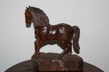 Large Horse image 1