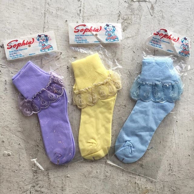 VACATION - I was just talking about frilly socks and then found these guys in the shop. Deadstock Sophia brand cute as heck frillies.