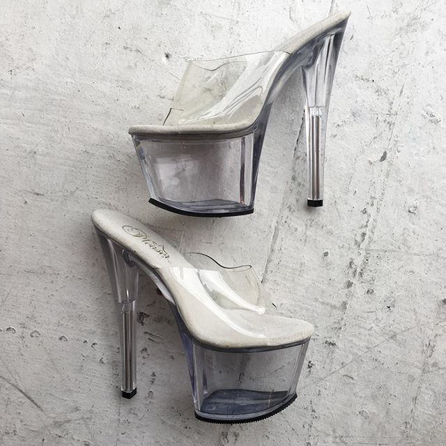 VACATION - Pleasure brand clear lucite heels, for when you need the exxtra height! Size 6,