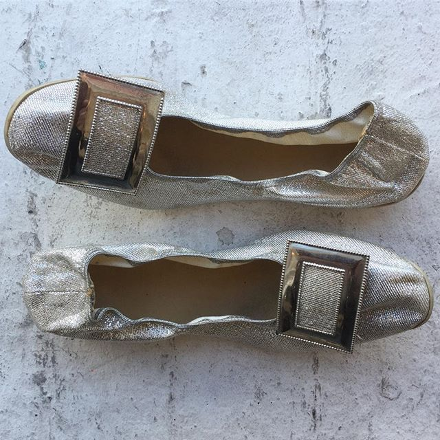 "VACATION - Stash in Grab foldable flats!! These 1960's Bertlyn New York, NY. These silver mesh pilgrim buckle flats are perfect!! Perfect to wear with a mod mini or jeans!! You can stuff these vintage flats in your purse because they fold!! Made in the USA!! 6-6.5. 3/4"" heel (PERFECT). Good condition. Fits more like 6."