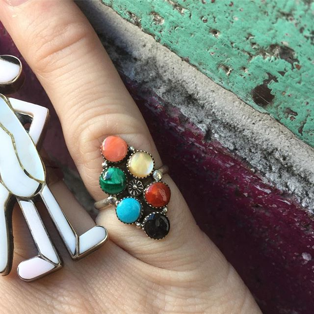 VACATION - A 🌈🌈 of vintage sterling silver #ZUNI multicolor petite cluster ring.  The mixture of colors stunning!! This beauty is signed .  A solid size 5 for smaller fingers or your pinky.