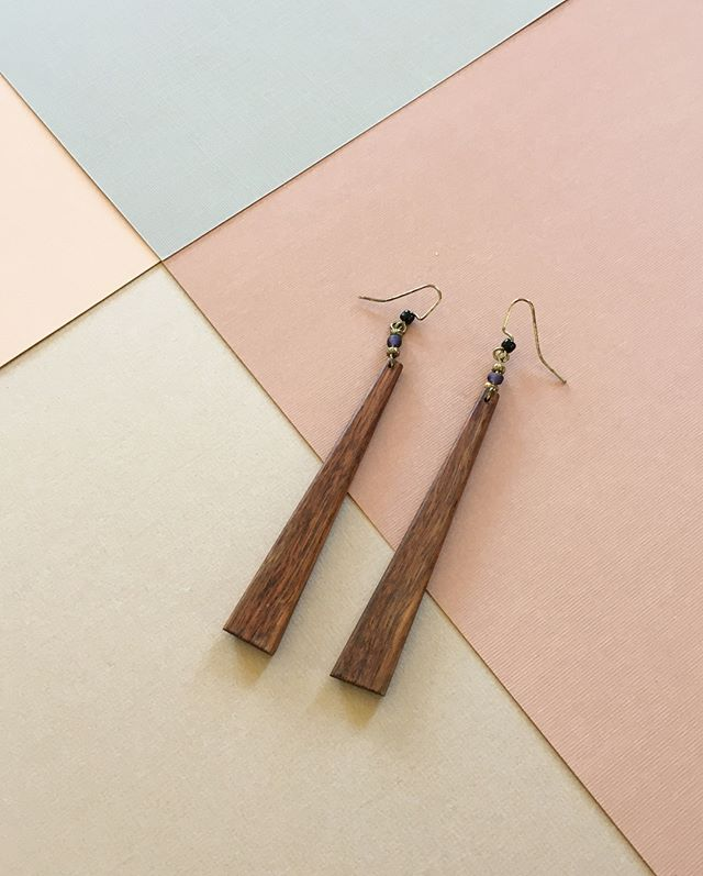 NORTH SOUTH EAST WEST - Teak wood drop earrings. Modern but from the 1970s. So I guess that means timeless.
