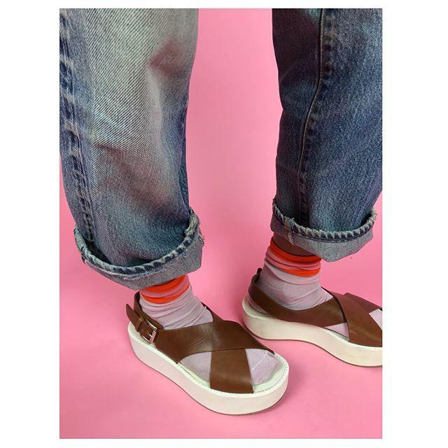 ReLove  - SHOES: Flamingos brown leather strap platform sandal