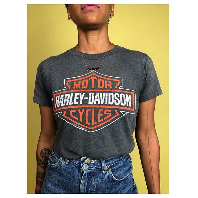 ReLove  - TSHIRT: Vintage Harley  Harley Davidson Logo T Size: Vintage Small, Price: