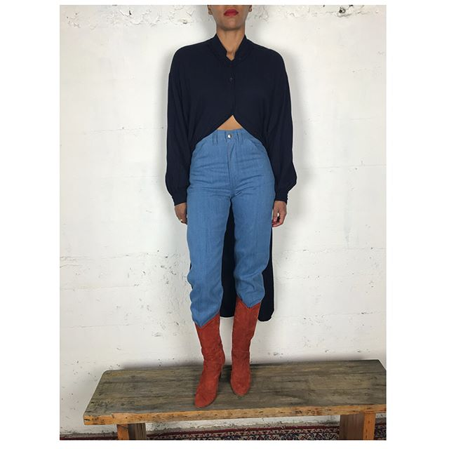 "ReLove  - JEANS: Vintage High Rise Spur Scrubbed Denim. 24"","