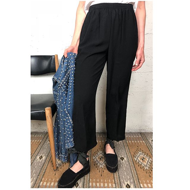 ReLove  - TROUSERS: Vintage High Rise Relaxed fit Tapered Pant
