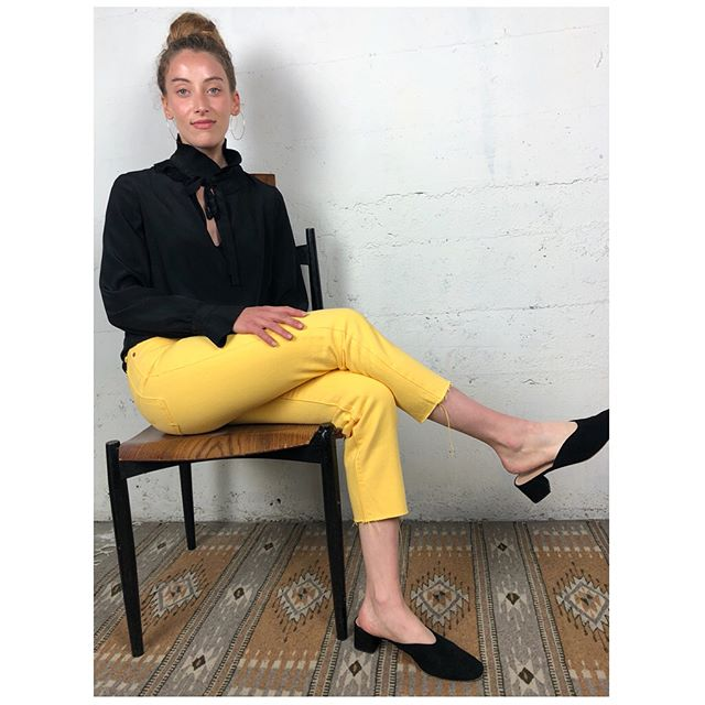 ReLove  - JEANS: Levi's Yellow Button Fly High Rise Cropped Denim